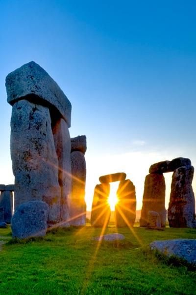 sunrise at henge