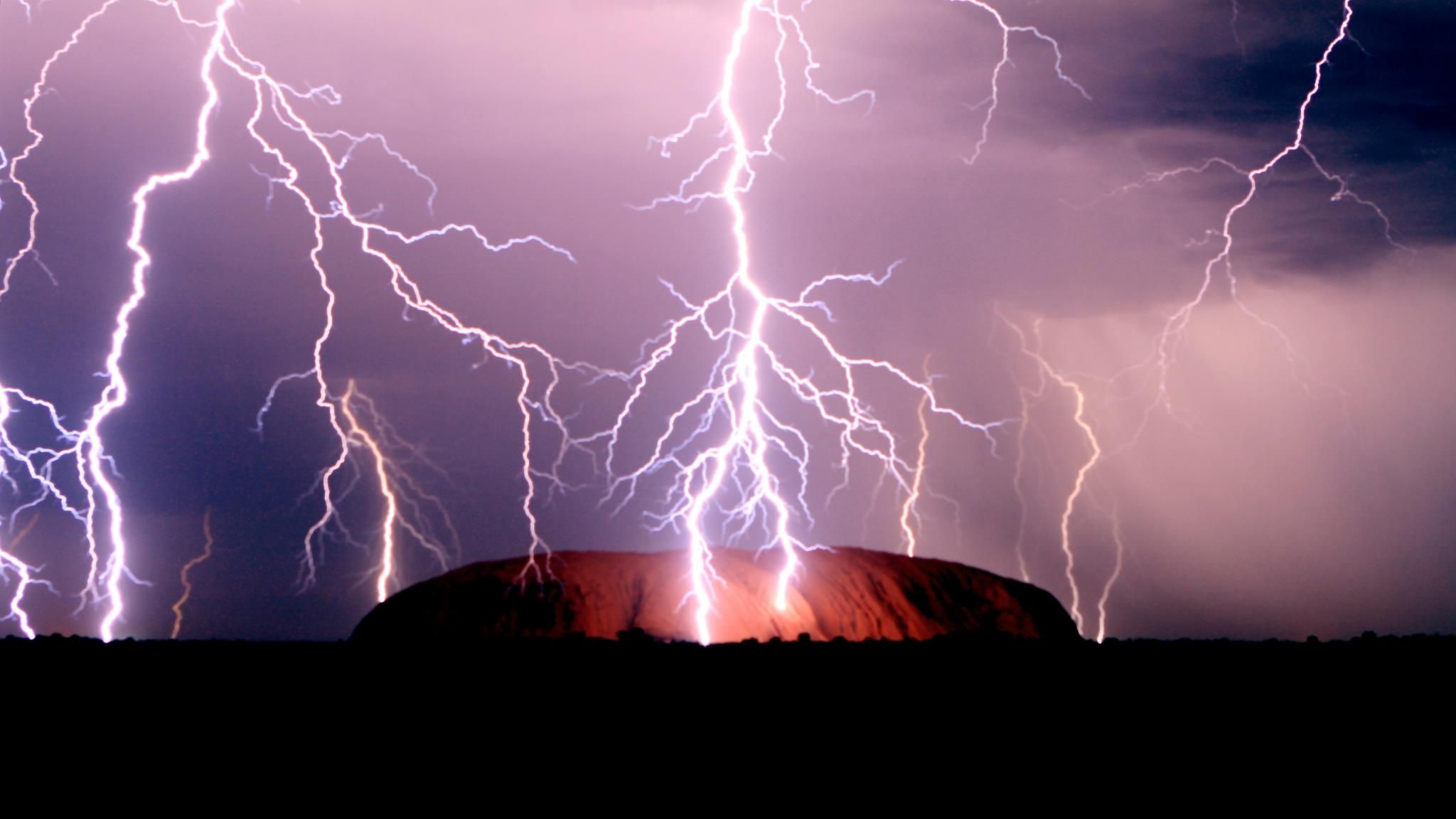 lighting strikes Uluru
